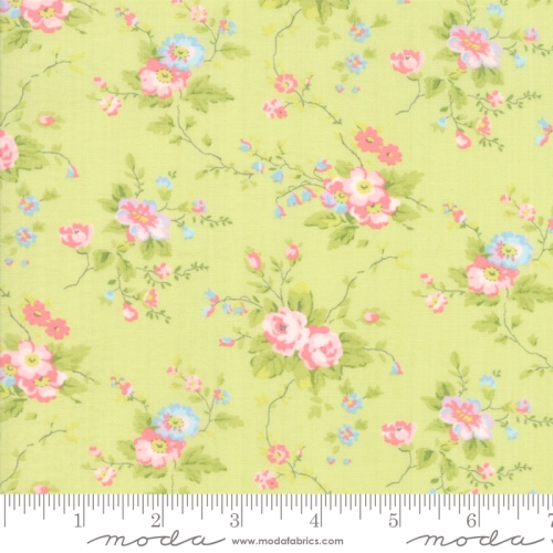 MODA FABRICS - Finnegan - Sprout - Large Floral