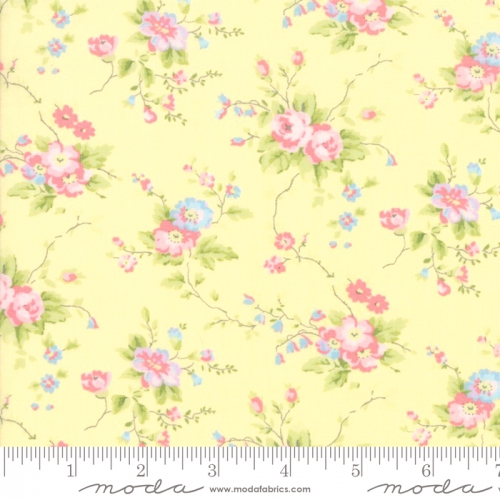 MODA FABRICS - Finnegan - Sunny - Large Floral #3056