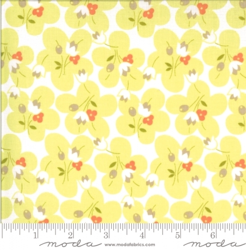 MODA FABRICS - Chantilly - Posies Sprout - #2384-