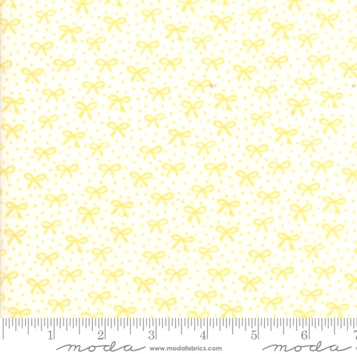 MODA FABRICS - Best Friends Forever - Yellow Bows Cream - #1809