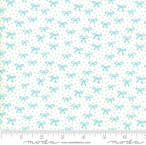 MODA FABRICS - Best Friends Forever - Aqua Bows Cream - #1810