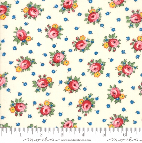 MODA FABRICS - Sweet Harmony - Small Floral Cream