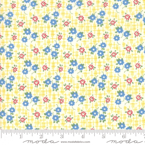 MODA FABRICS - Bubble Pop - Small Flowers - Yellow