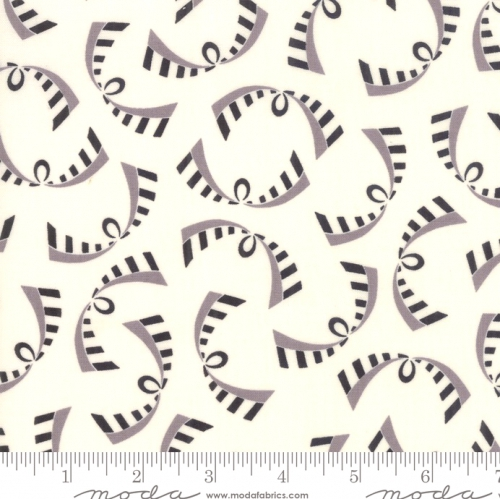 MODA FABRICS - Bubble Pop - White