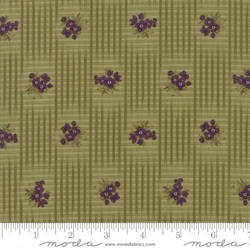 MODA FABRICS - Sweet Violet - Gingham Floral Leaf - #2842-