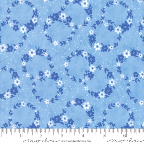 MODA FABRICS - Flower Sacks - Floral Wreath Blue - #1886