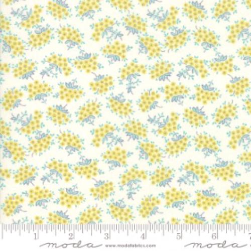 MODA FABRICS - Flour Garden - Feather Sprouts