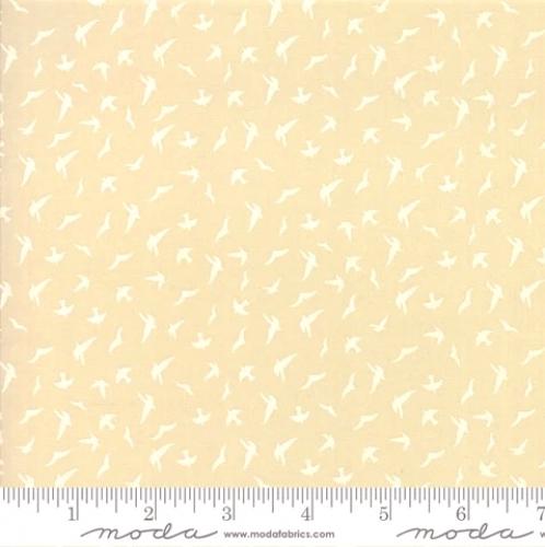 MODA FABRICS - Whispers Muslin Mates - Birds - Natural - C83-