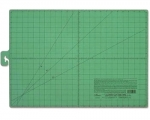 Clover Cutting Mat 18 in x 24 in