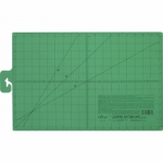 Clover Cutting Mat 12 in x 18 in
