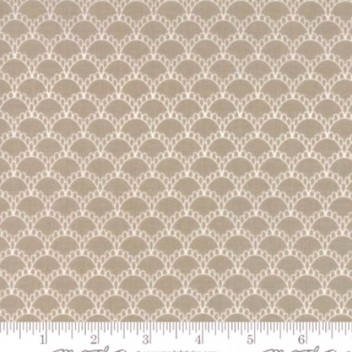 Skinny - SK769- 1 3/8 yds - MODA FABRICS - Farmers Daughter - Taupe