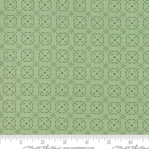 Skinny - SK3309- 1 yd - MODA FABRICS - Little Tree - Pine