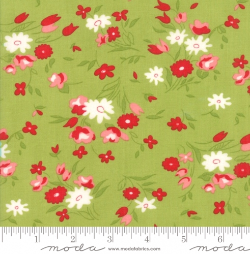 MODA FABRICS - Little Snippets - Tossed Flowers Green