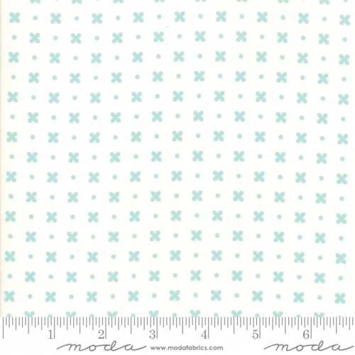 MODA FABRICS - Little Snippets - Flowers & Dots White/Aqua - #2545-