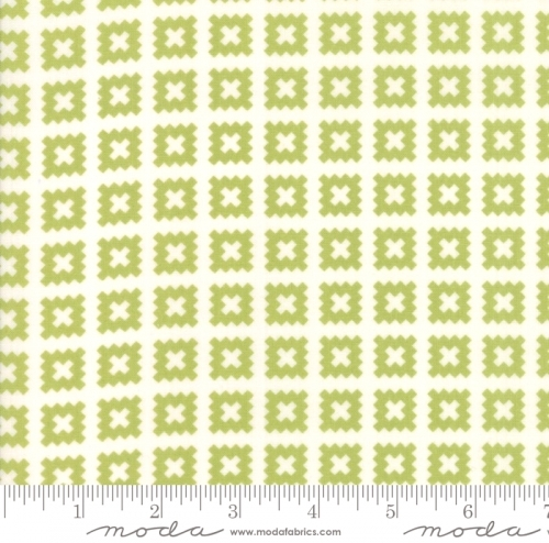 MODA FABRICS - Little Snippets - Pinked Squares Green/White