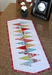 Cut Loose Press - Winding Road Table Runner Pattern