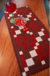 Cut Loose Press - A-Maze-ing Table Runner Pattern