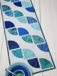 Cut Loose Press - Drunkards Path Table Runner Pattern
