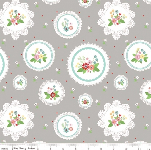 RILEY BLAKE - Vintage Keepsakes - Floral Doilies - #2005-Gray