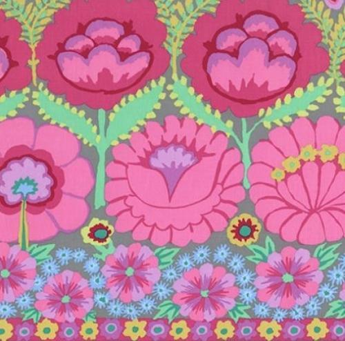 FREE SPIRIT - Kaffe Fassett - Artisan - Pink Flower Border